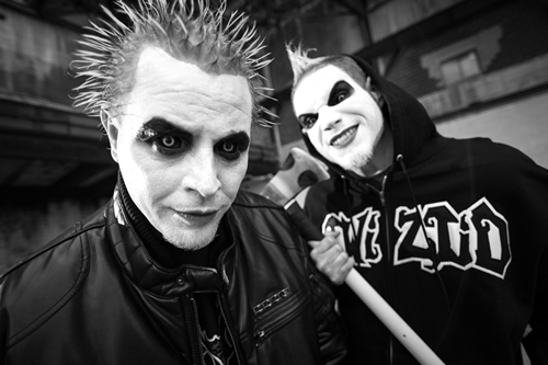 �the darkness� awaits� horrorcore�s finest twiztid release