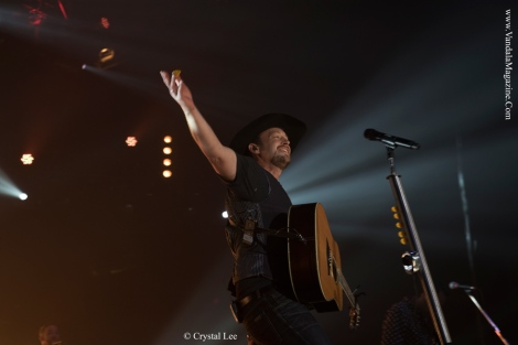 Paul-Brandt-Vandala-Magazine---Photo-Credit-Crystal-Lee-2 (9)