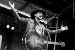 Brett Kissel Fire Aid Fort Mcmurray